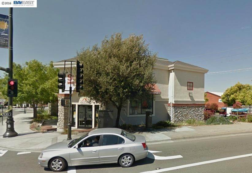 Commercial for Sale at 2455 Railroad Avenue Livermore, California 94550 United States