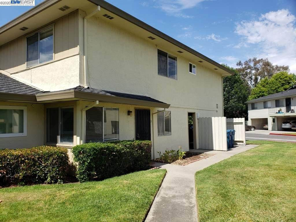 Condominiums en 2136 Skylark Court Union City, California 94587 Estados Unidos