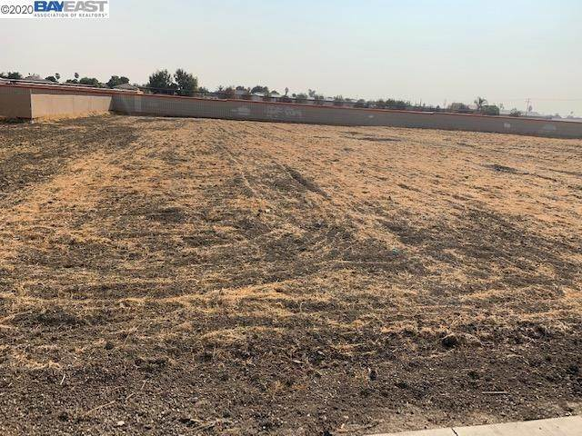 Land for Sale at 228 Commerce Way Los Banos, California 93635 United States