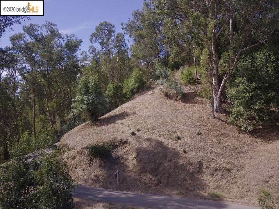 2. Land for Sale at Thorndale Drive Oakland, California 94611 United States