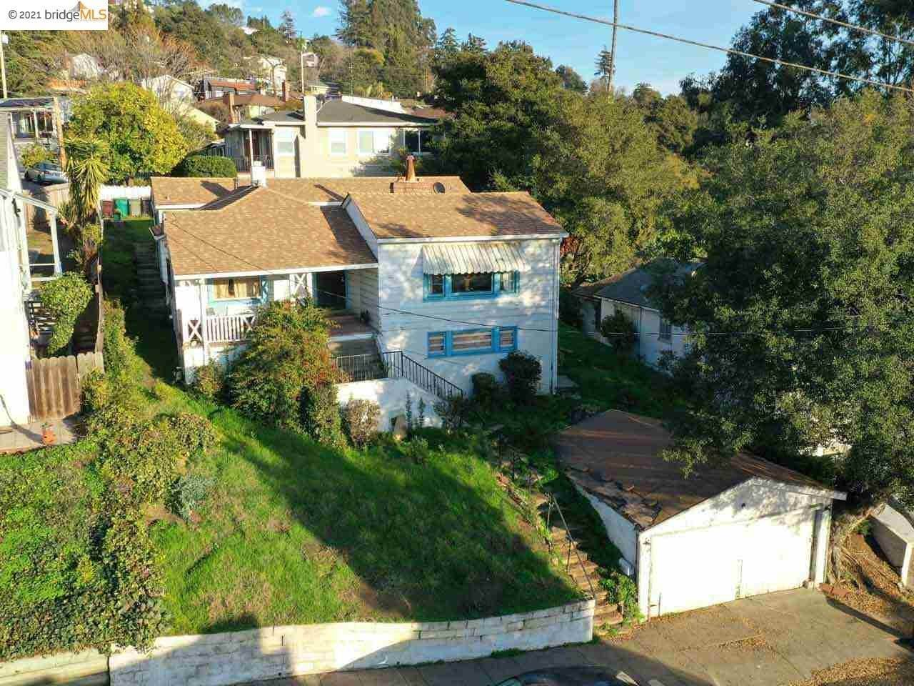 10. Single Family Homes for Sale at 2968 Parker Avenue Oakland, California 94605 United States