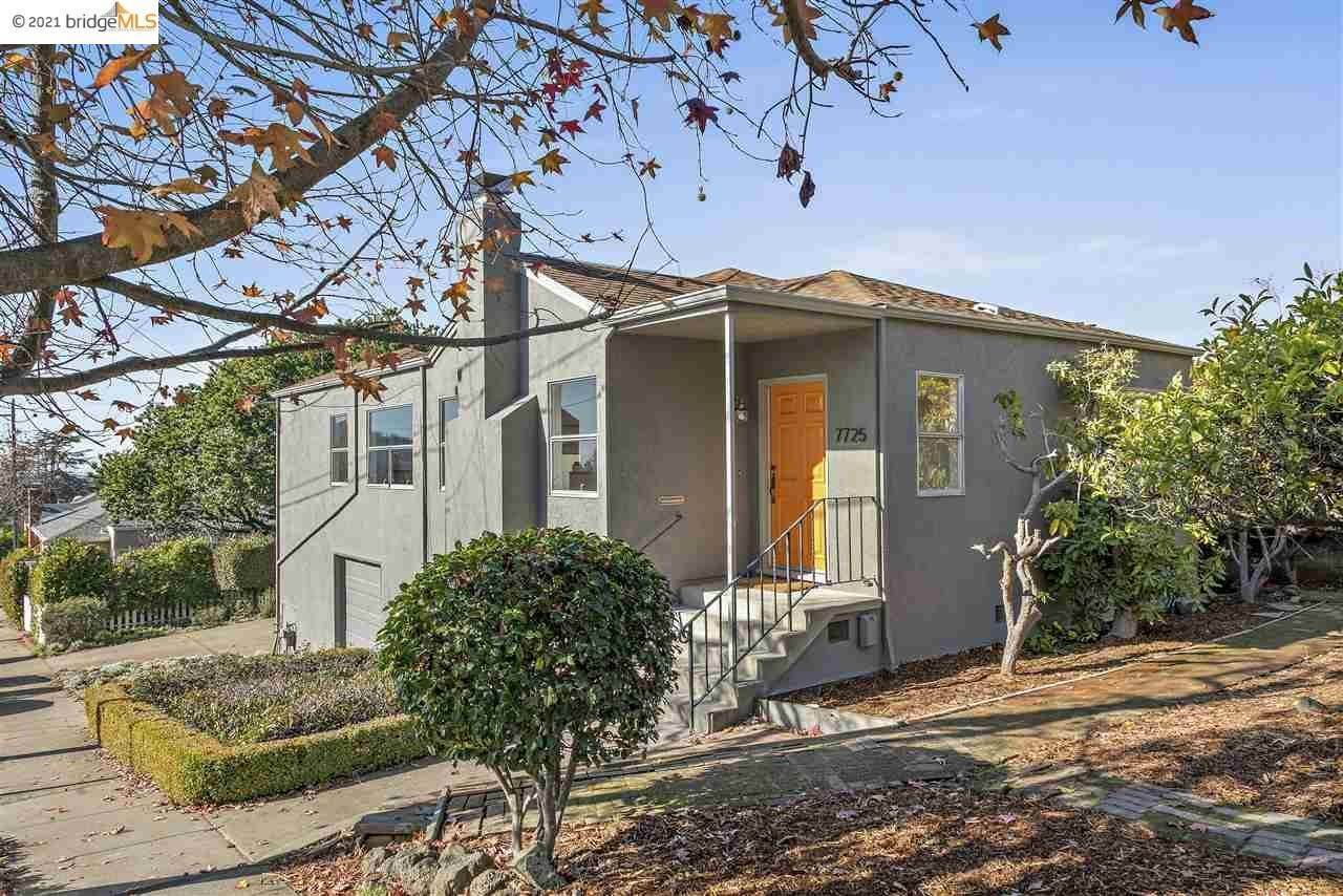 Single Family Homes for Sale at 7725 Lynn Avenue El Cerrito, California 94530 United States