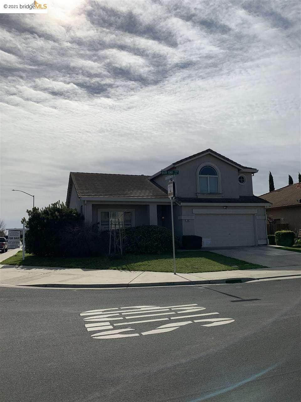 Single Family Homes for Sale at 2002 Bur Oak Place Stockton, California 95206 United States