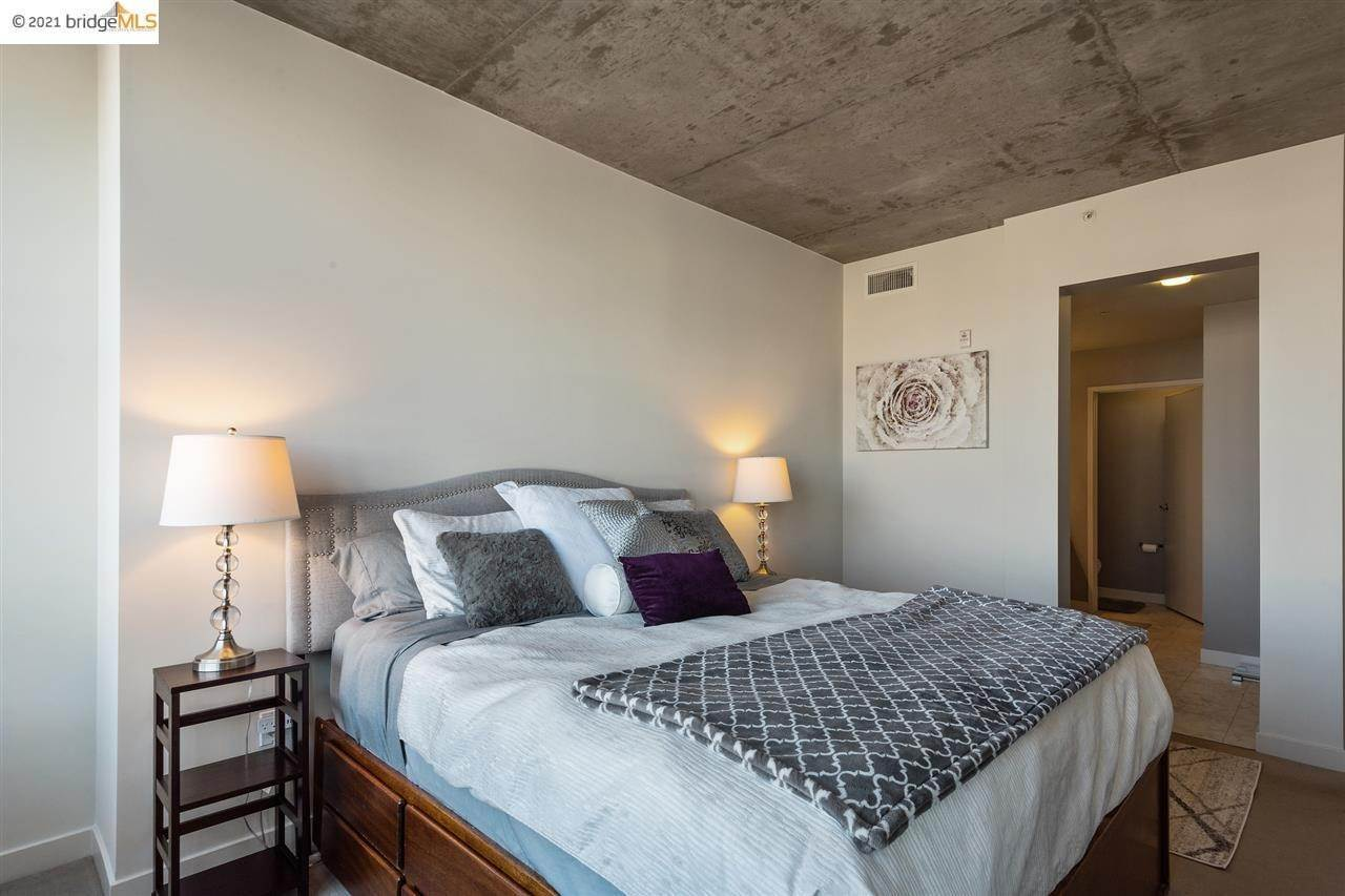 13. Condominiums for Sale at 311 2nd Street Oakland, California 94607 United States