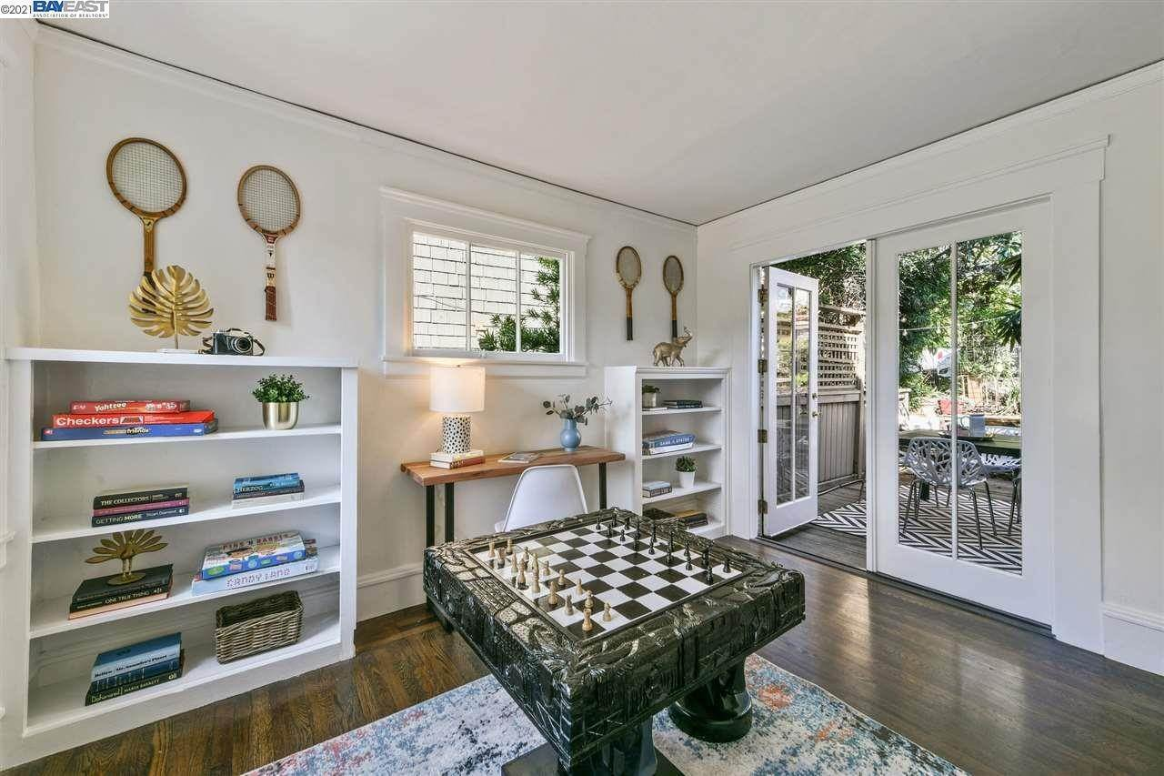 10. Single Family Homes for Sale at 781 ROSEMOUNT ROAD Oakland, California 94610 United States