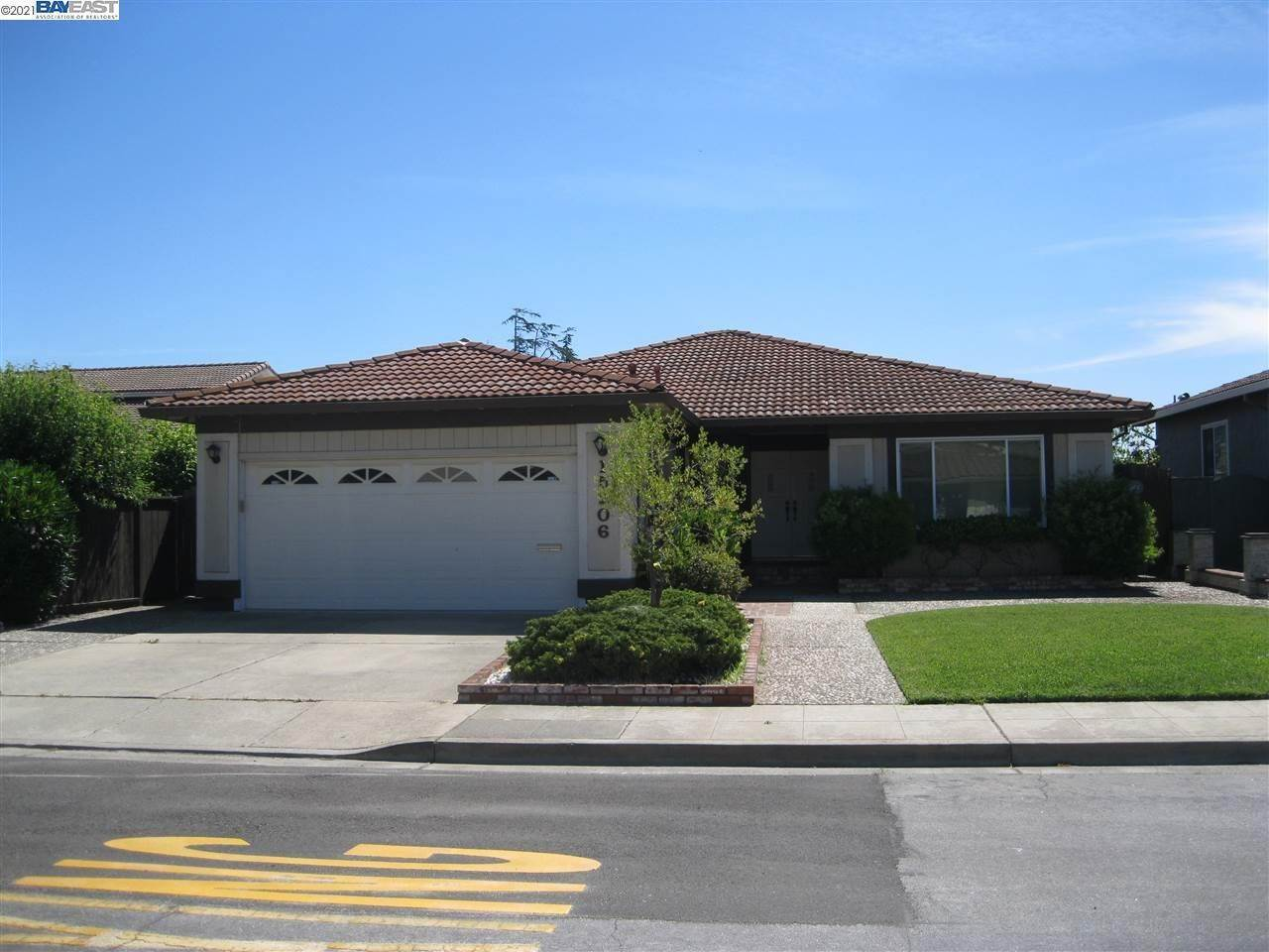 Single Family Homes bei 15206 Dayton Court San Leandro, Kalifornien 94579 Vereinigte Staaten