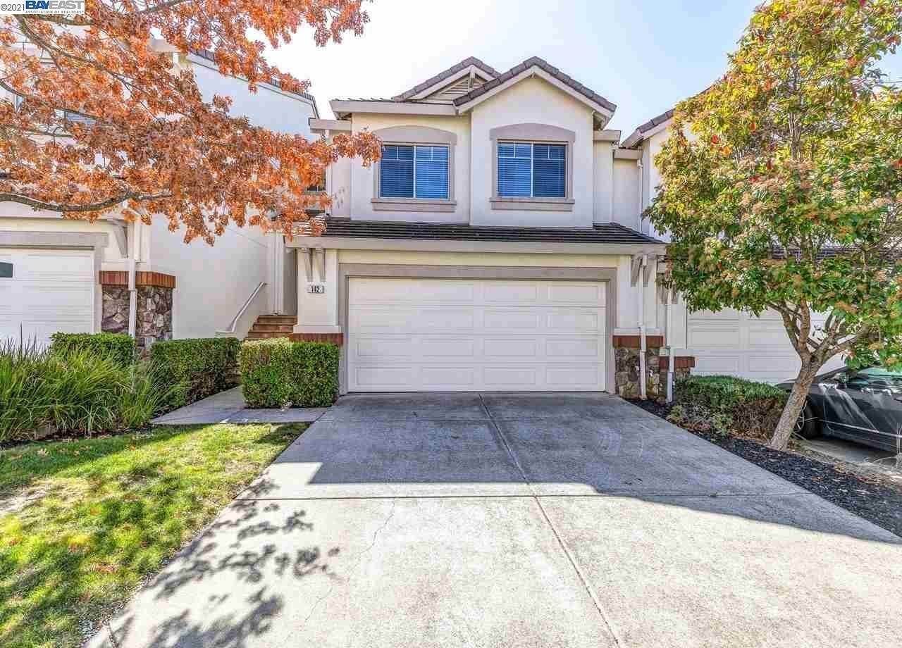 townhouses for Sale at 142 Shadowhill Circle San Ramon, California 94583 United States