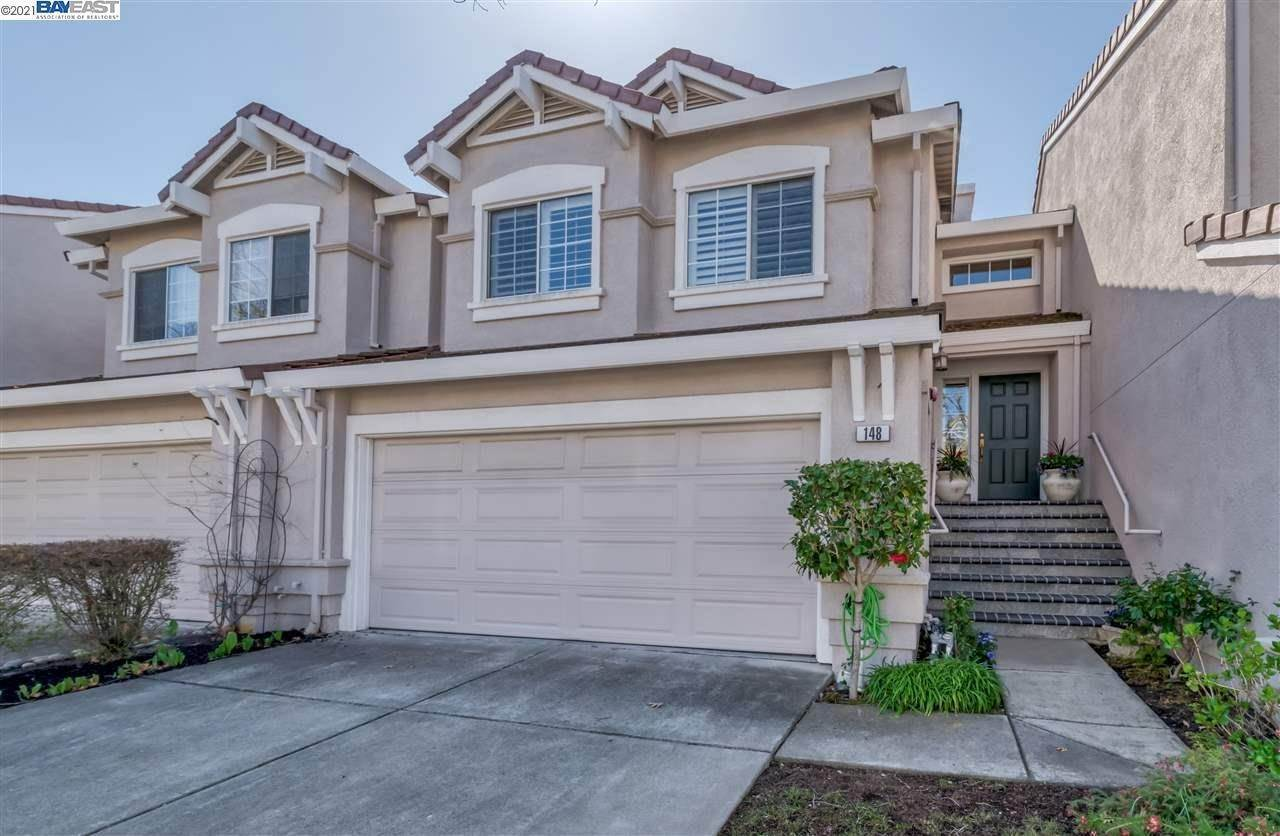 townhouses for Sale at 148 Shadowhill Circle San Ramon, California 94583 United States