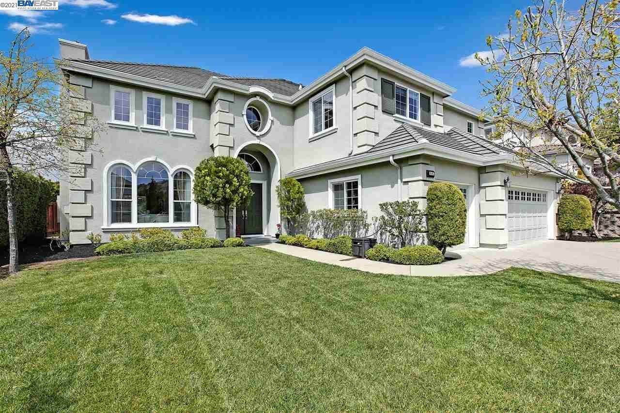 Single Family Homes for Sale at 3505 Ashbourne Circle San Ramon, California 94583 United States