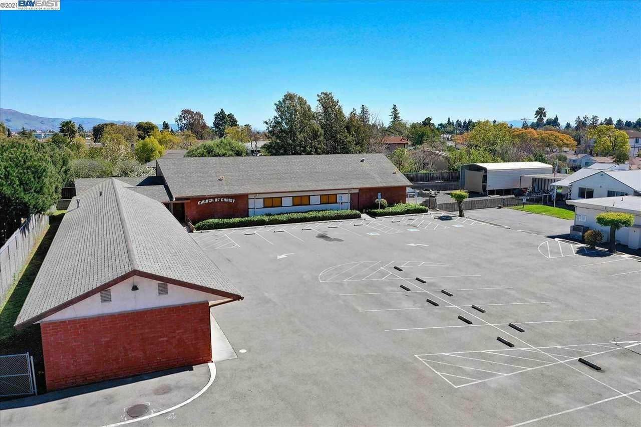 Commercial for Sale at 5880 Thornton Avenue Newark, California 94560 United States