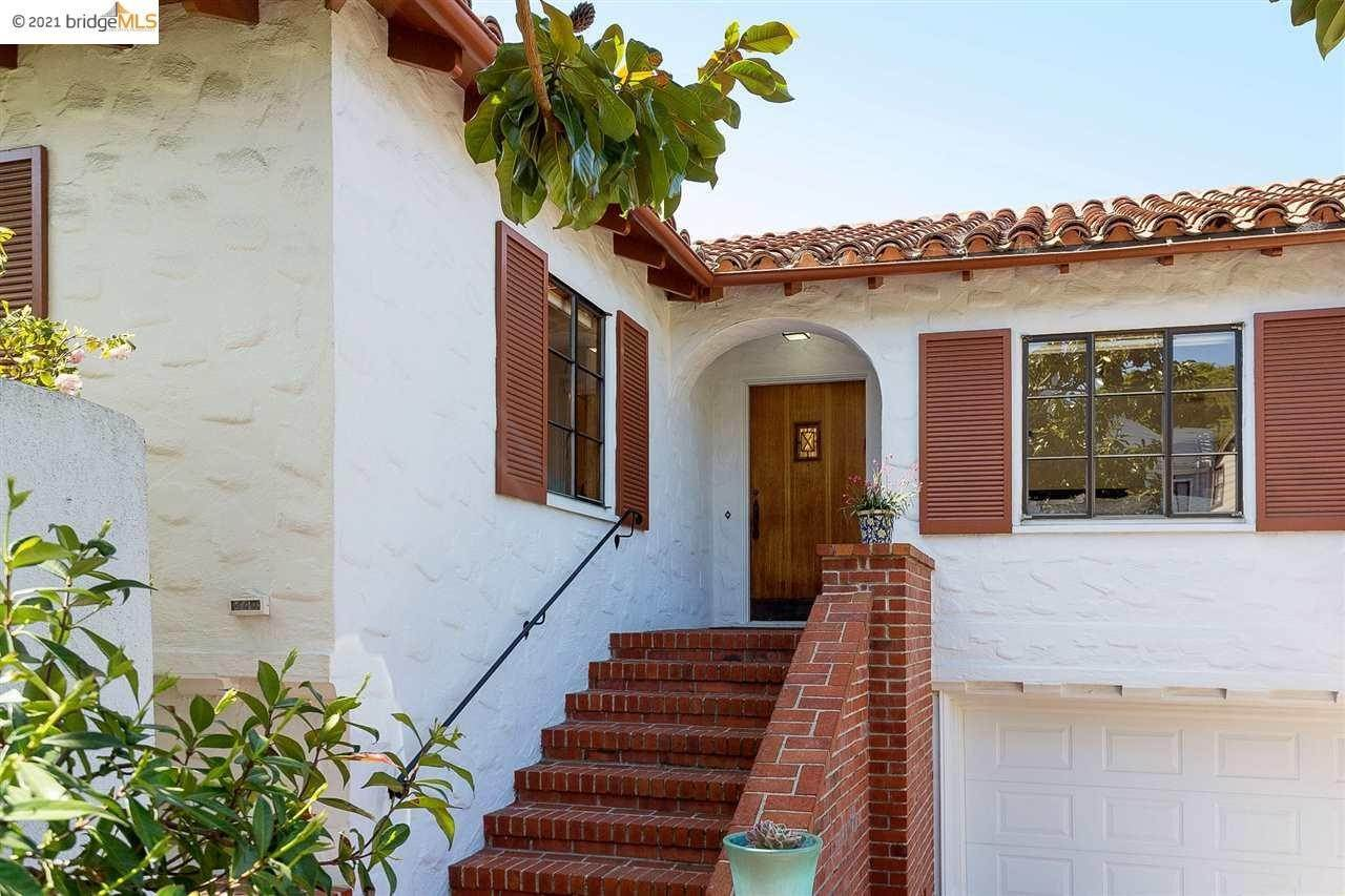 Single Family Homes for Sale at 460 Vassar Avenue Berkeley, California 94708 United States