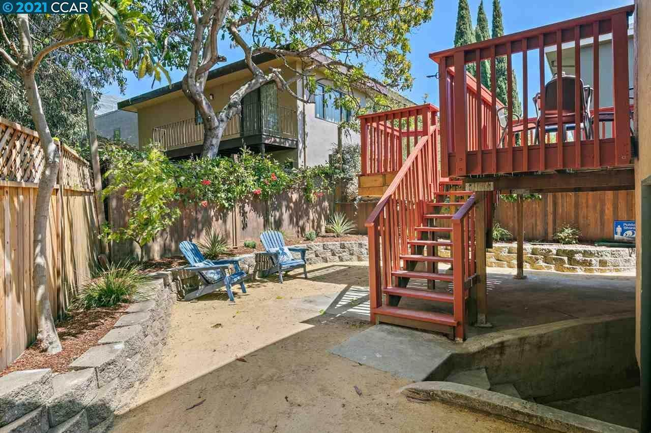 19. Single Family Homes for Sale at 482 Clifton Street Oakland, California 94618 United States