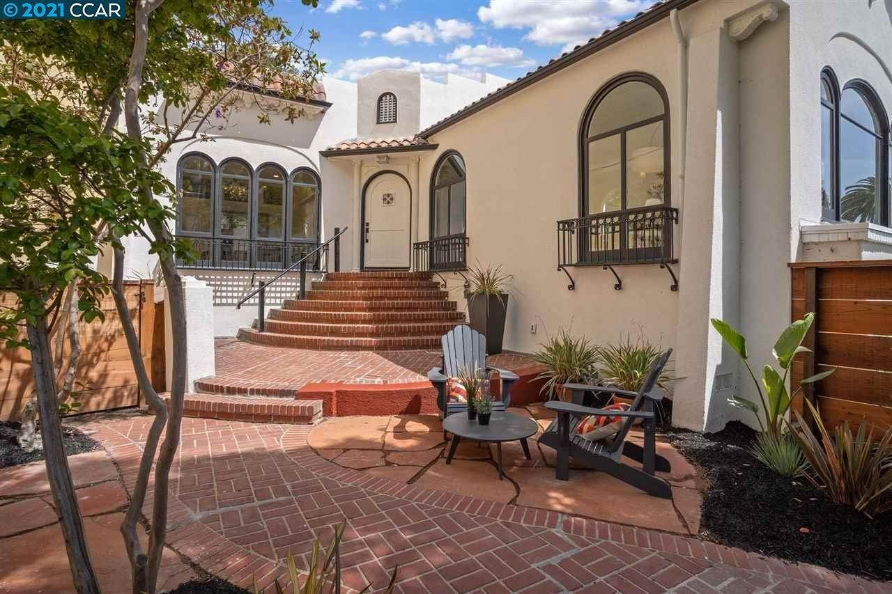 Single Family Homes for Sale at 310 Lee Street Oakland, California 94610 United States