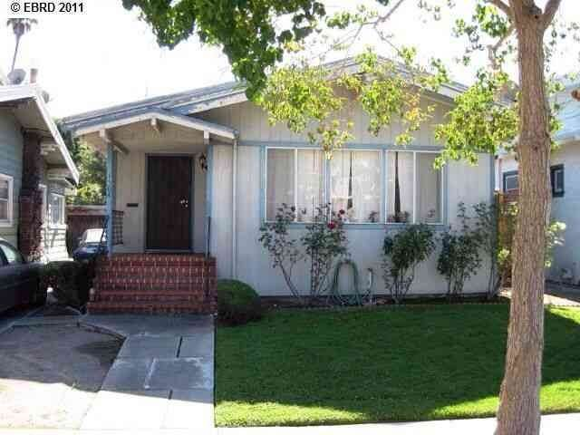 Single Family Homes at 1504 FERNSIDE BLVD Alameda, California 94501 United States