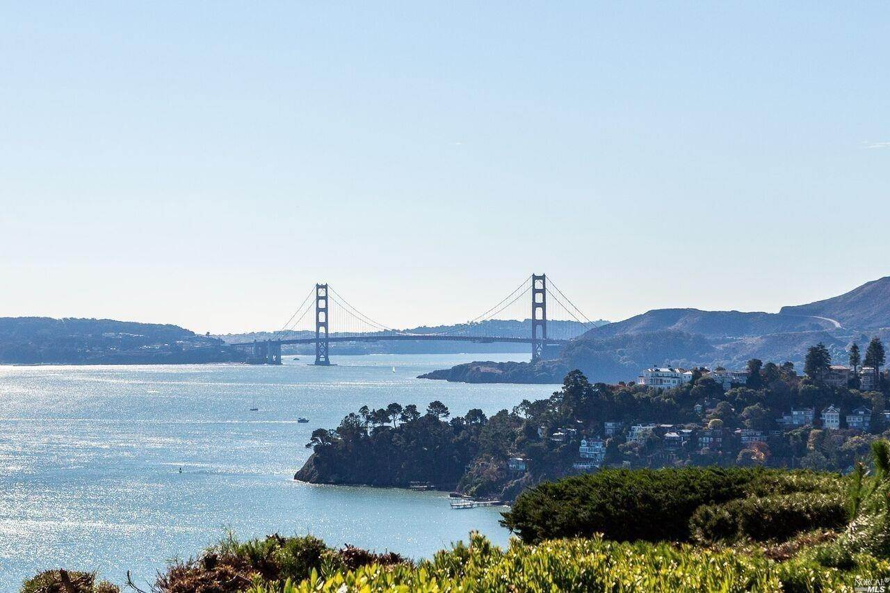 Single Family Homes for Sale at 445 Ridge Road, Tiburon Tiburon, California 94920 United States