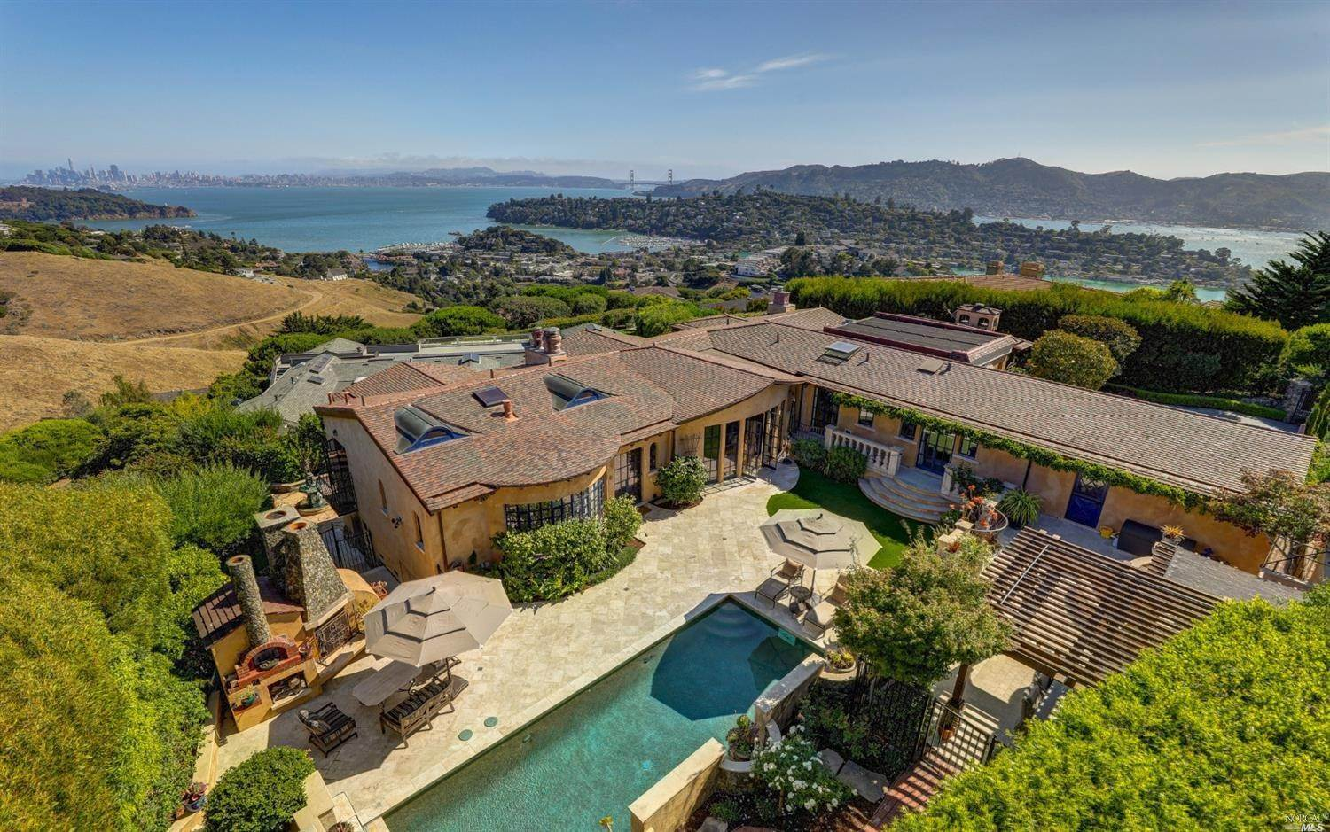 Single Family Homes for Sale at 8 Audrey Court, Tiburon Tiburon, California 94920 United States