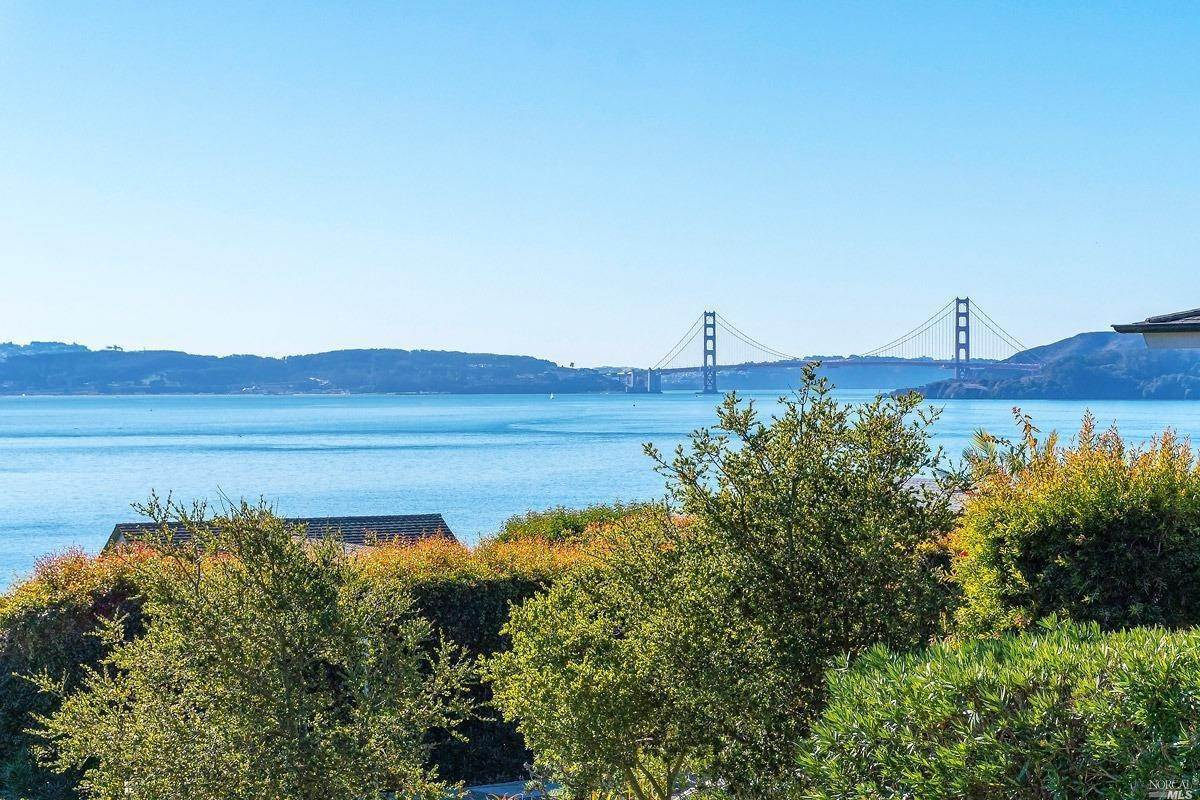 Single Family Homes for Sale at 2359 Paradise Drive, Tiburon Tiburon, California 94920 United States
