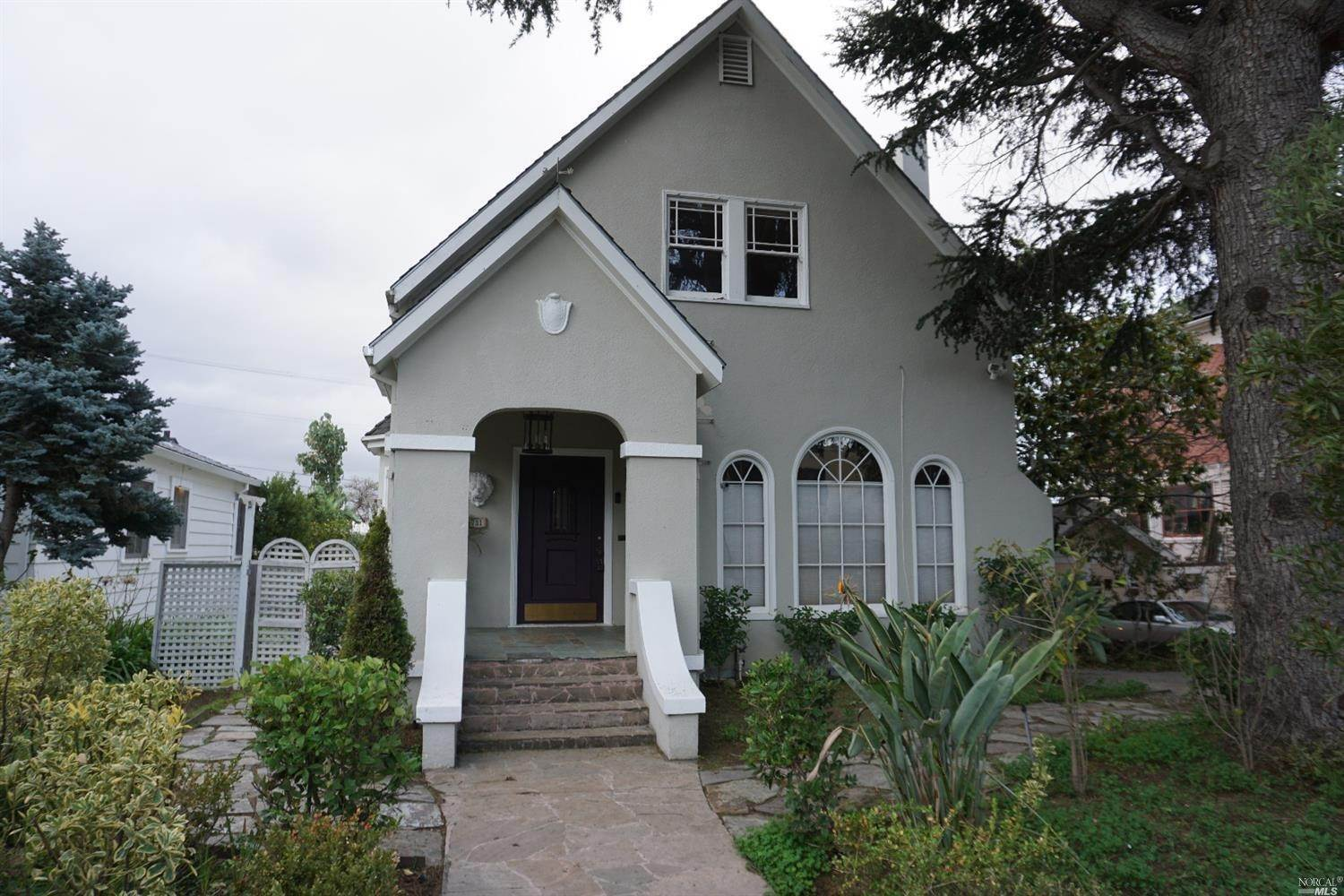 Single Family Homes for Sale at 733 York Street, Vallejo Vallejo, California 94590 United States