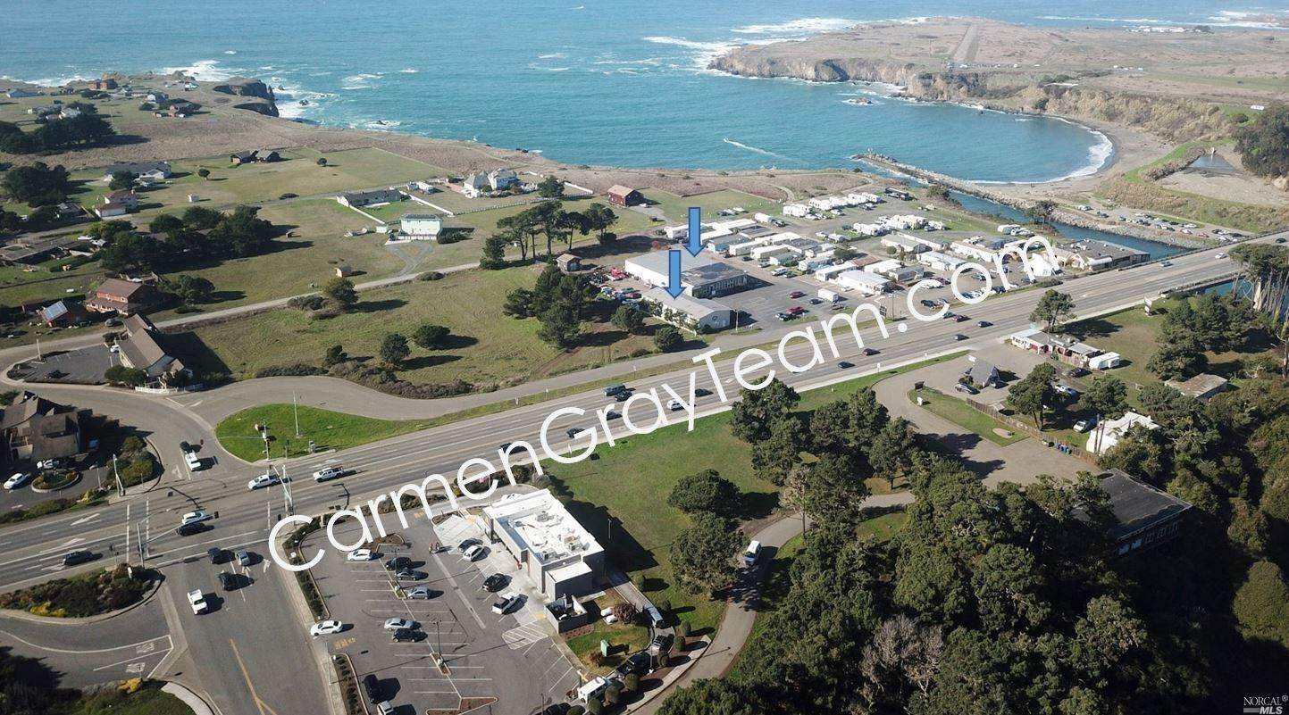 Single Family Homes pour l Vente à 1031 South Main Street Fort Bragg, Californie 95437 États-Unis