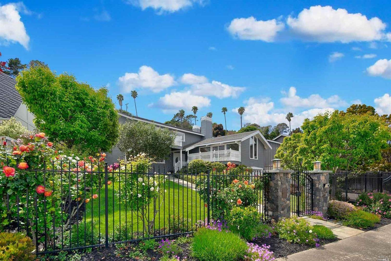 Single Family Homes for Sale at 151 Trinidad Drive Tiburon, California 94920 United States