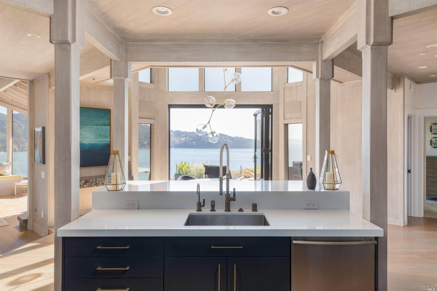 11. Single Family Homes for Sale at 10 Tower Point Lane Tiburon, California 94920 United States