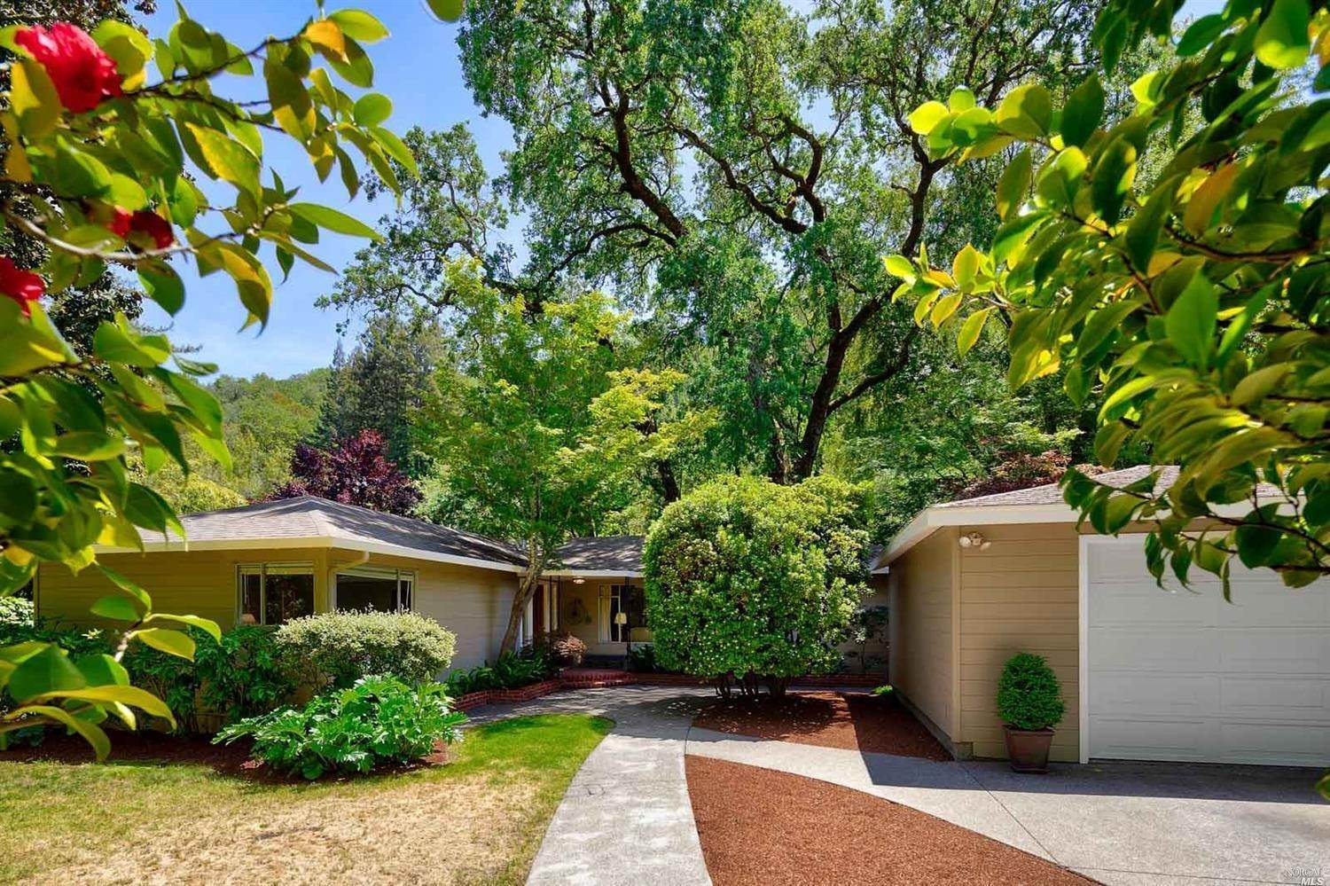 Single Family Homes for Sale at 387 Cascade Drive Fairfax, California 94930 United States