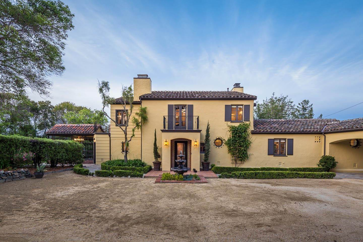 Single Family Homes at 463 El Arroyo Road Hillsborough, カリフォルニア 94010 アメリカ