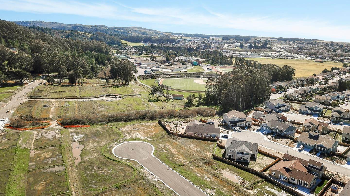 Terreno por un Venta en Summer Creek Court Half Moon Bay, California 94019 Estados Unidos