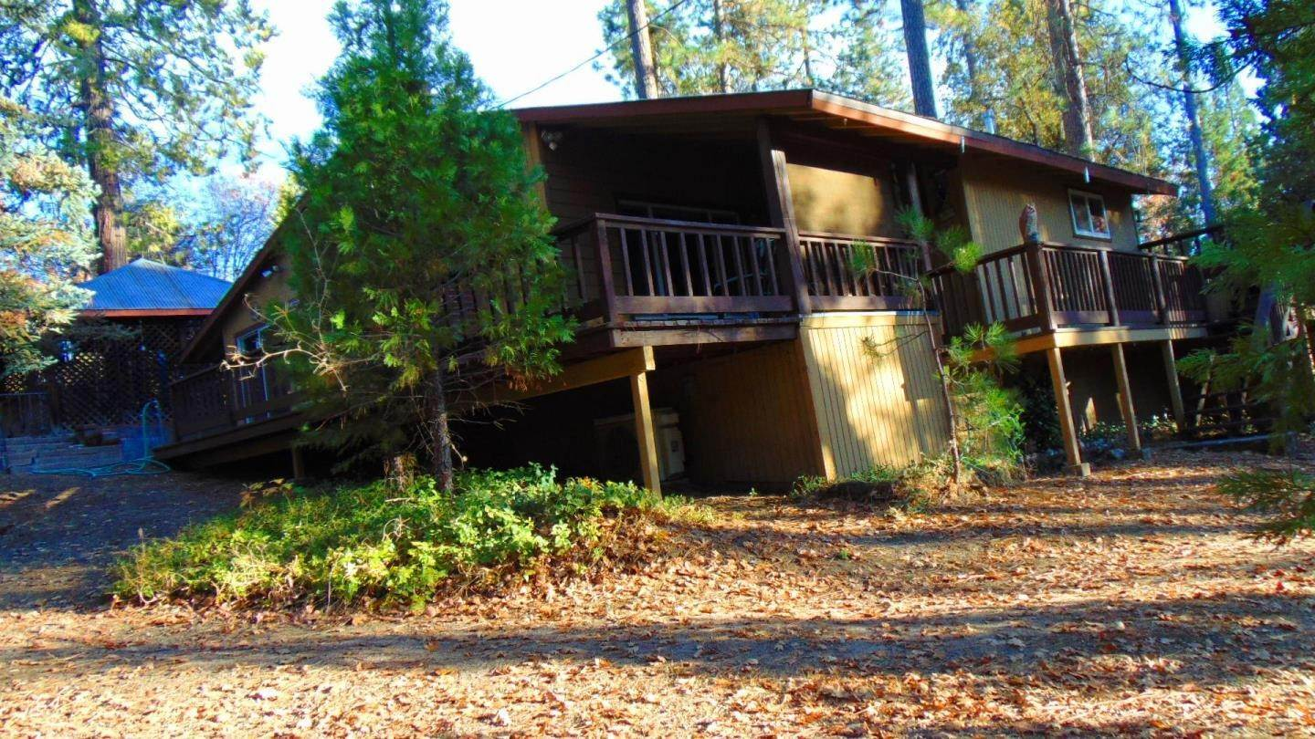 Single Family Homes por un Venta en 40476 Road 274 Bass Lake, California 93604 Estados Unidos