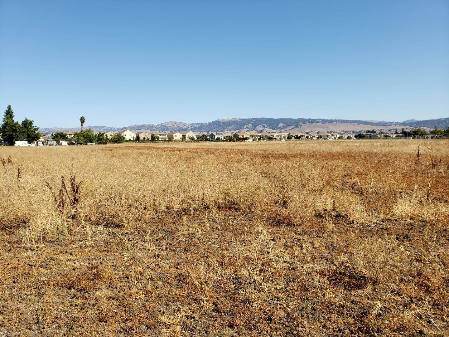 Land for Sale at 470 Vickery Avenue Gilroy, California 95020 United States
