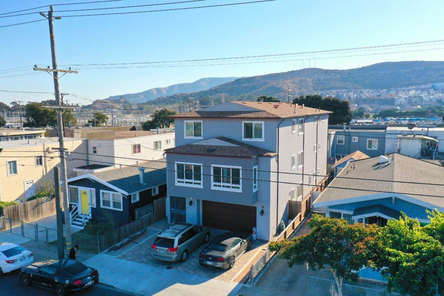 Single Family Homes for Sale at 209 Macdonald Avenue Daly City, California 94014 United States
