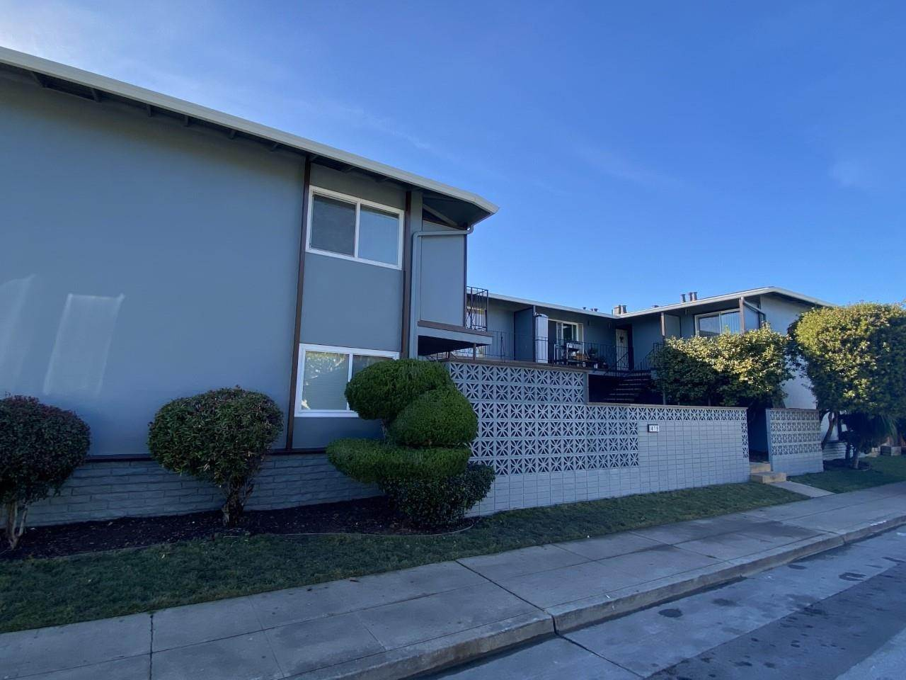 Multi-Family Homes for Sale at 429 Studio Circle San Mateo, California 94401 United States