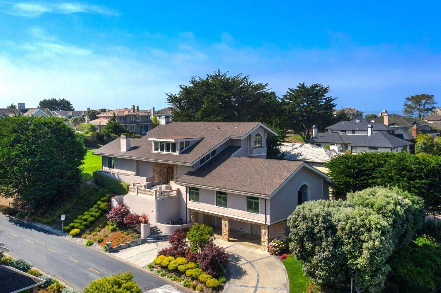 Single Family Homes por un Venta en 2 Ashdown Place Half Moon Bay, California 94019 Estados Unidos
