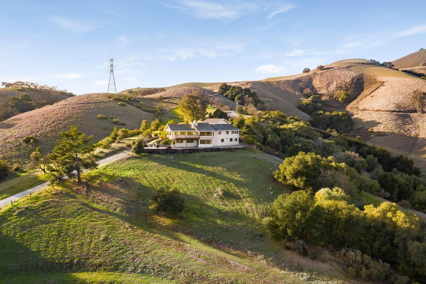 Single Family Homes للـ Sale في 16405 De Witt Avenue Morgan Hill, California 95037 United States