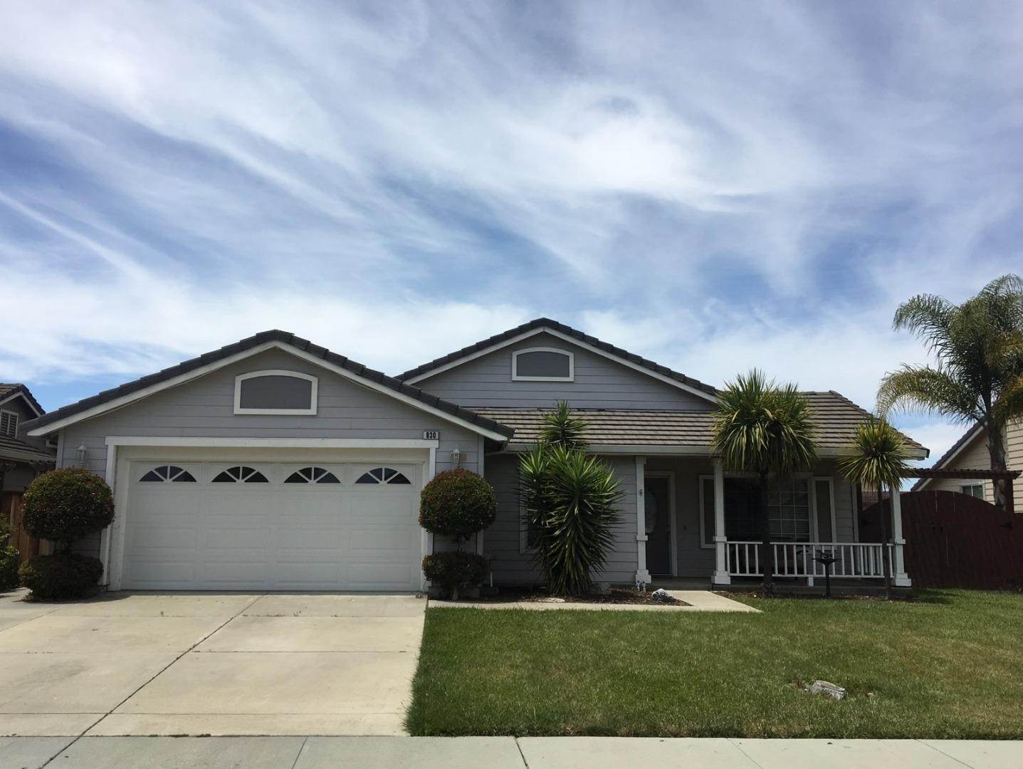 Single Family Homes en 830 Capitola Drive Hollister, California 95023 Estados Unidos