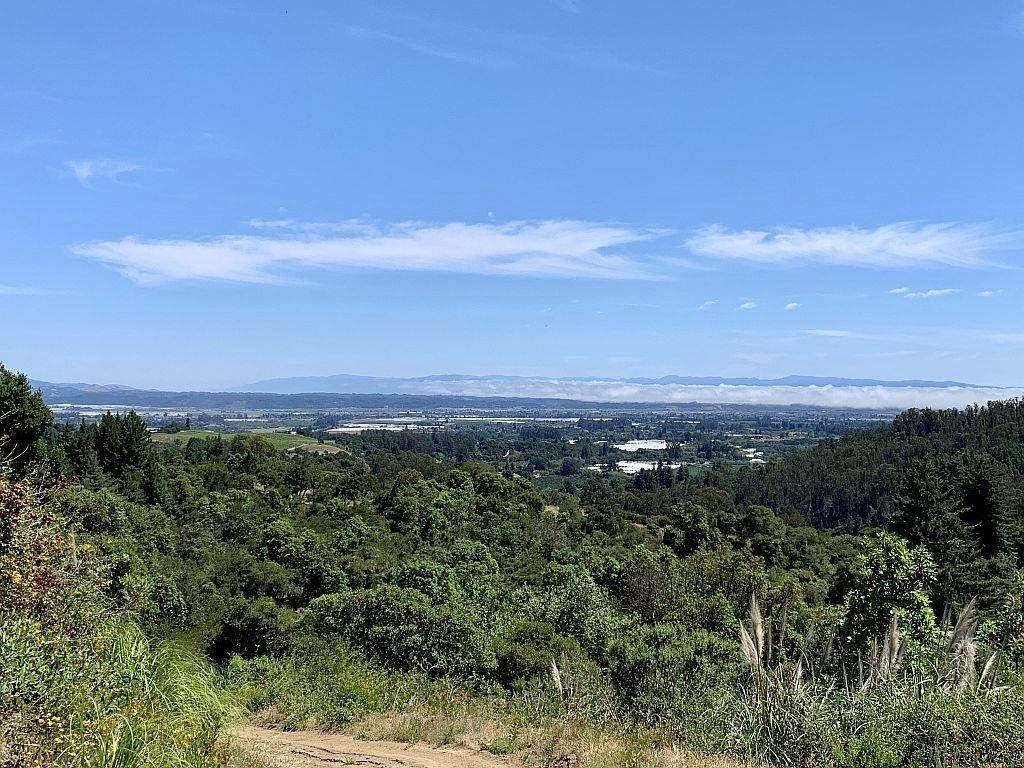 Land for Sale at Lot 16 Apple Valley Corralitos, California 95076 United States