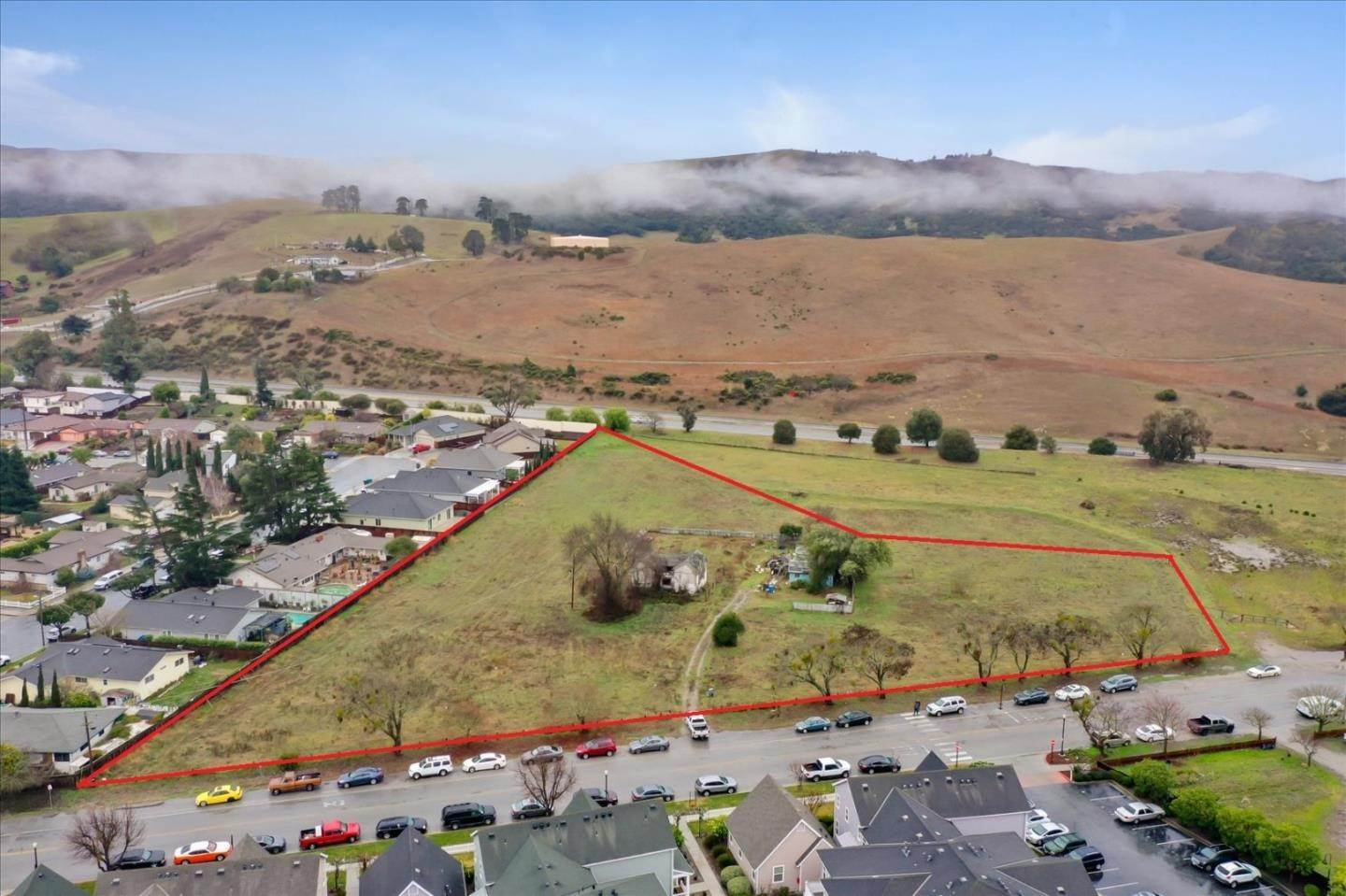Commercial for Sale at 70 Muckelemi Street San Juan Bautista, California 95045 United States