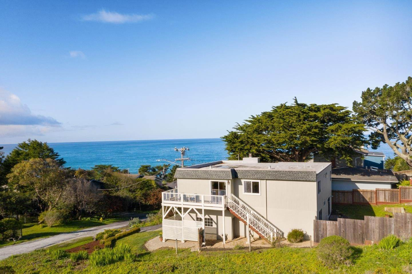 Single Family Homes por un Venta en 391 11th Street Montara, California 94037 Estados Unidos