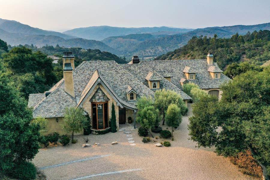 Single Family Homes pour l Vente à 27400 Heavens Way Carmel Valley, Californie 93923 États-Unis
