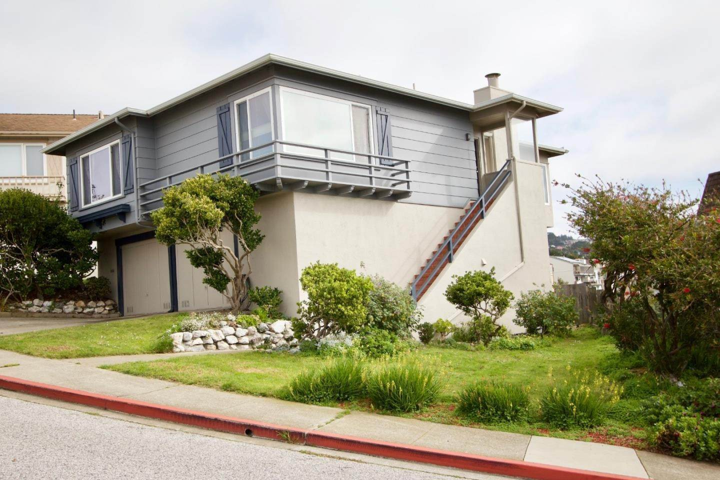 Single Family Homes en 342 Coral Ridge Drive Pacifica, California 94044 Estados Unidos