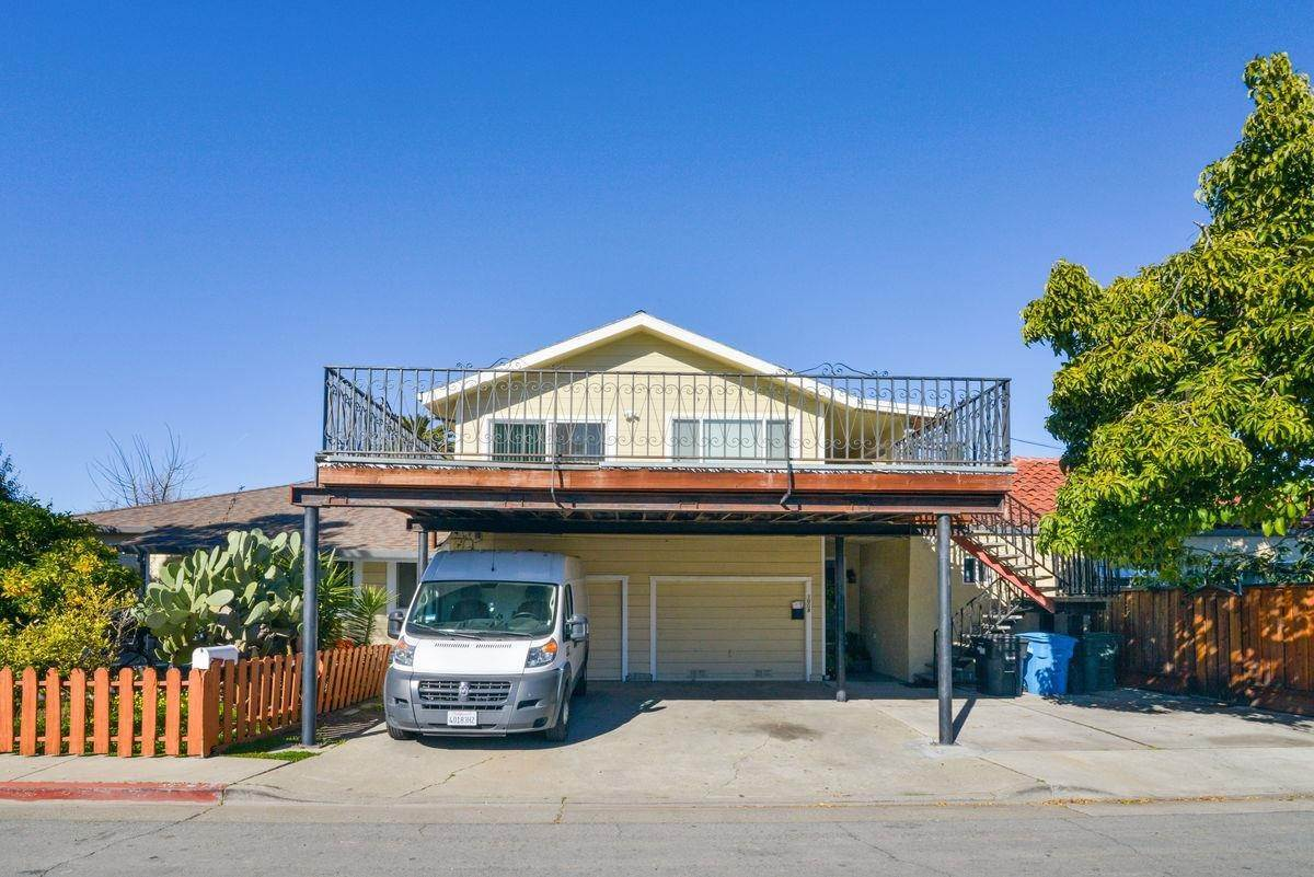 Multi-Family Homes for Sale at 1025 8th Avenue Redwood City, California 94063 United States