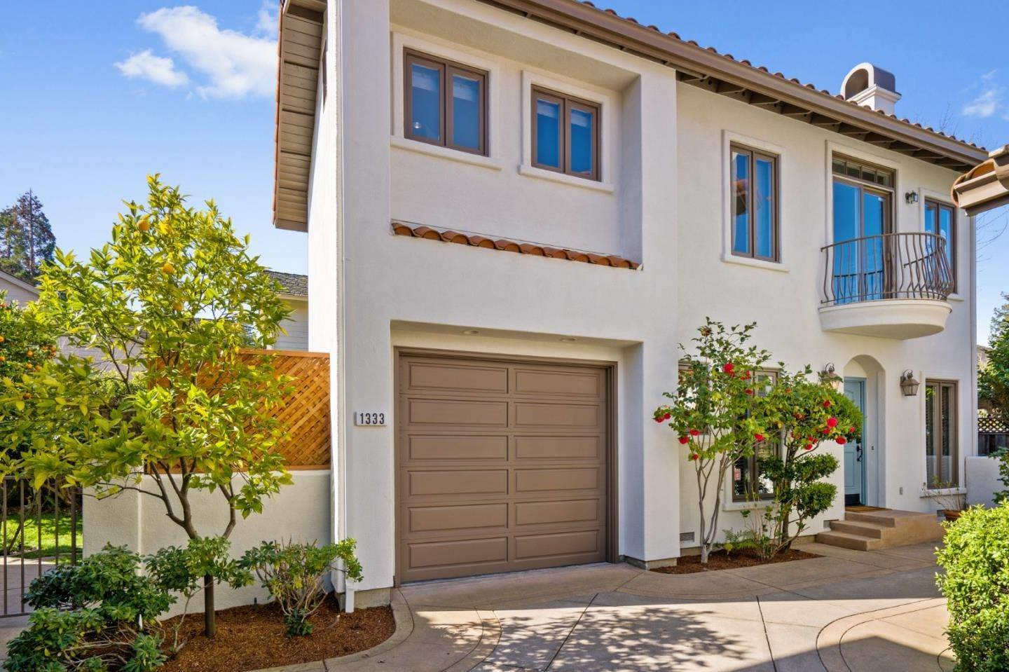 townhouses for Sale at 1333 Hoover Street Menlo Park, California 94025 United States