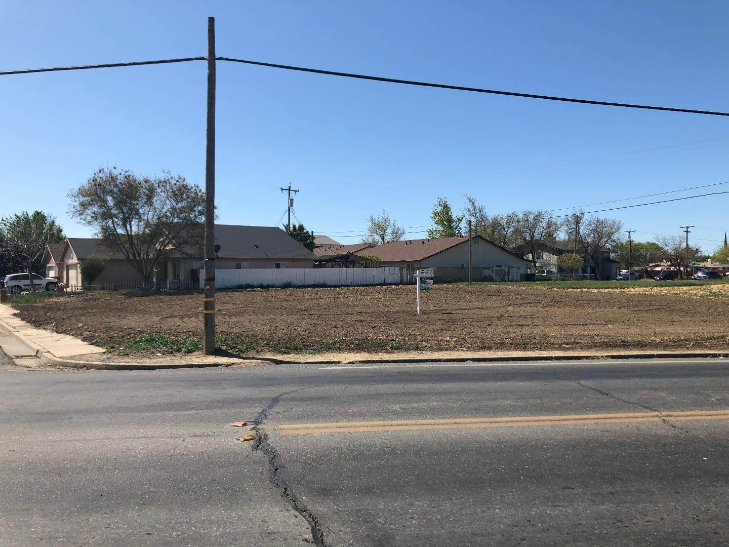3. Land for Sale at 51 W H Street Los Banos, California 93635 United States