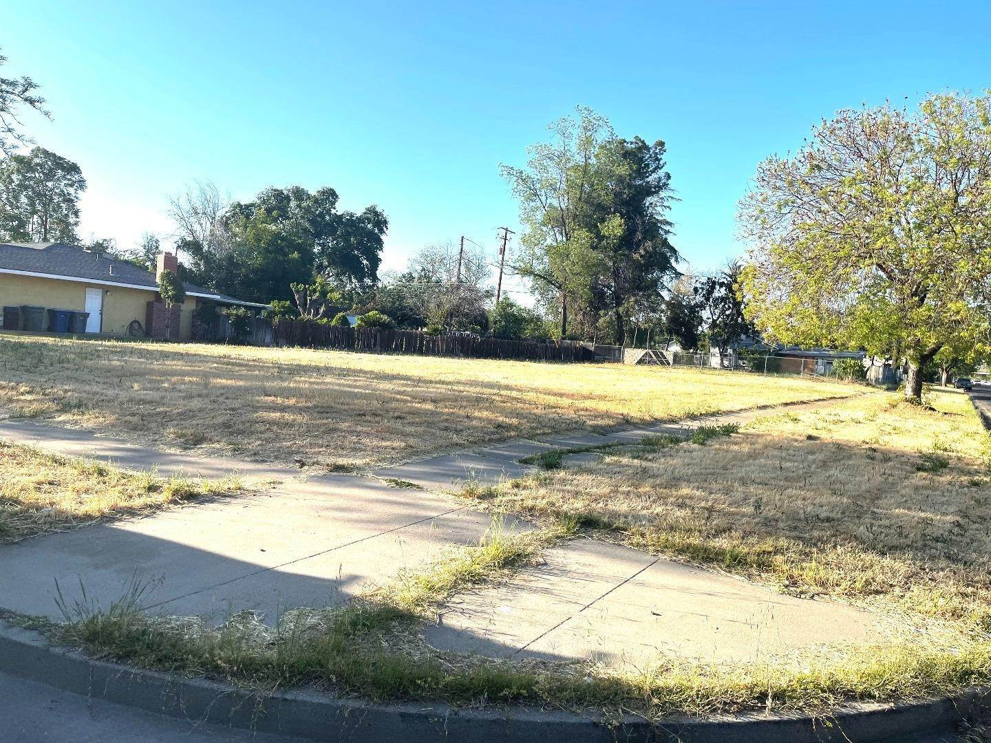 Land for Sale at 805 W 10th Street Merced, California 95341 United States