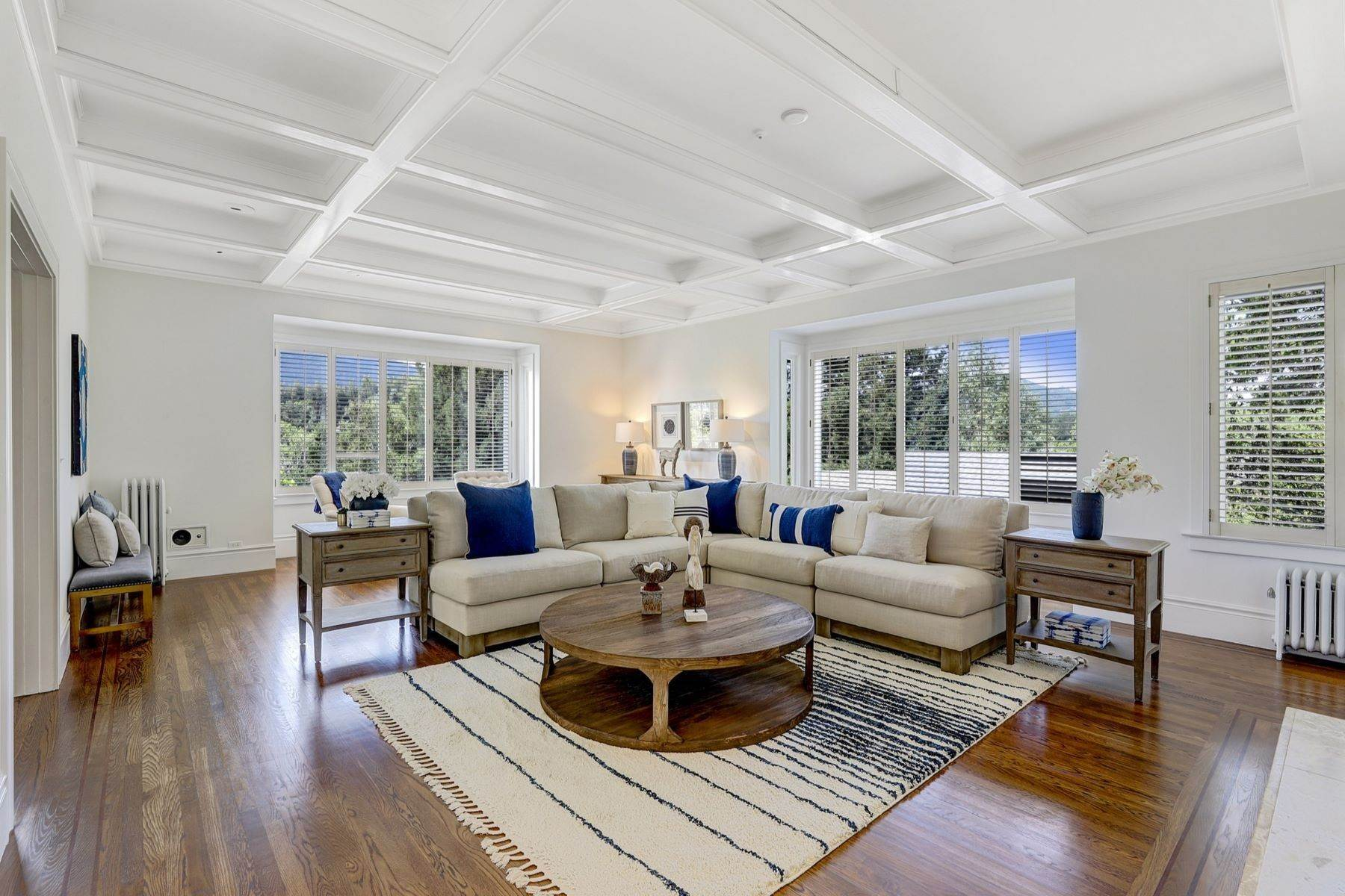 3. Single Family Homes for Sale at Iconic Ross Estate 117 Laurel Grove Ross, California 94957 United States
