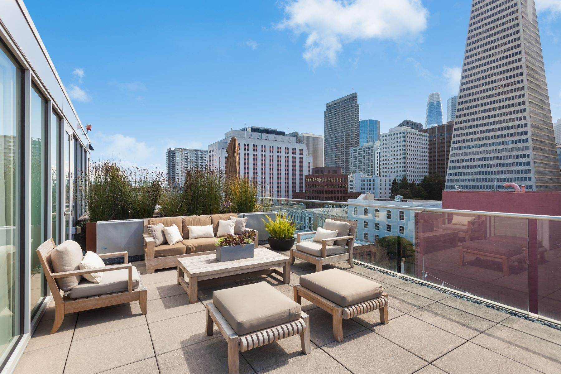 Condominiums at Jackson Square Penthouse 845 Montgomery Street PH2 San Francisco, California 94133 United States