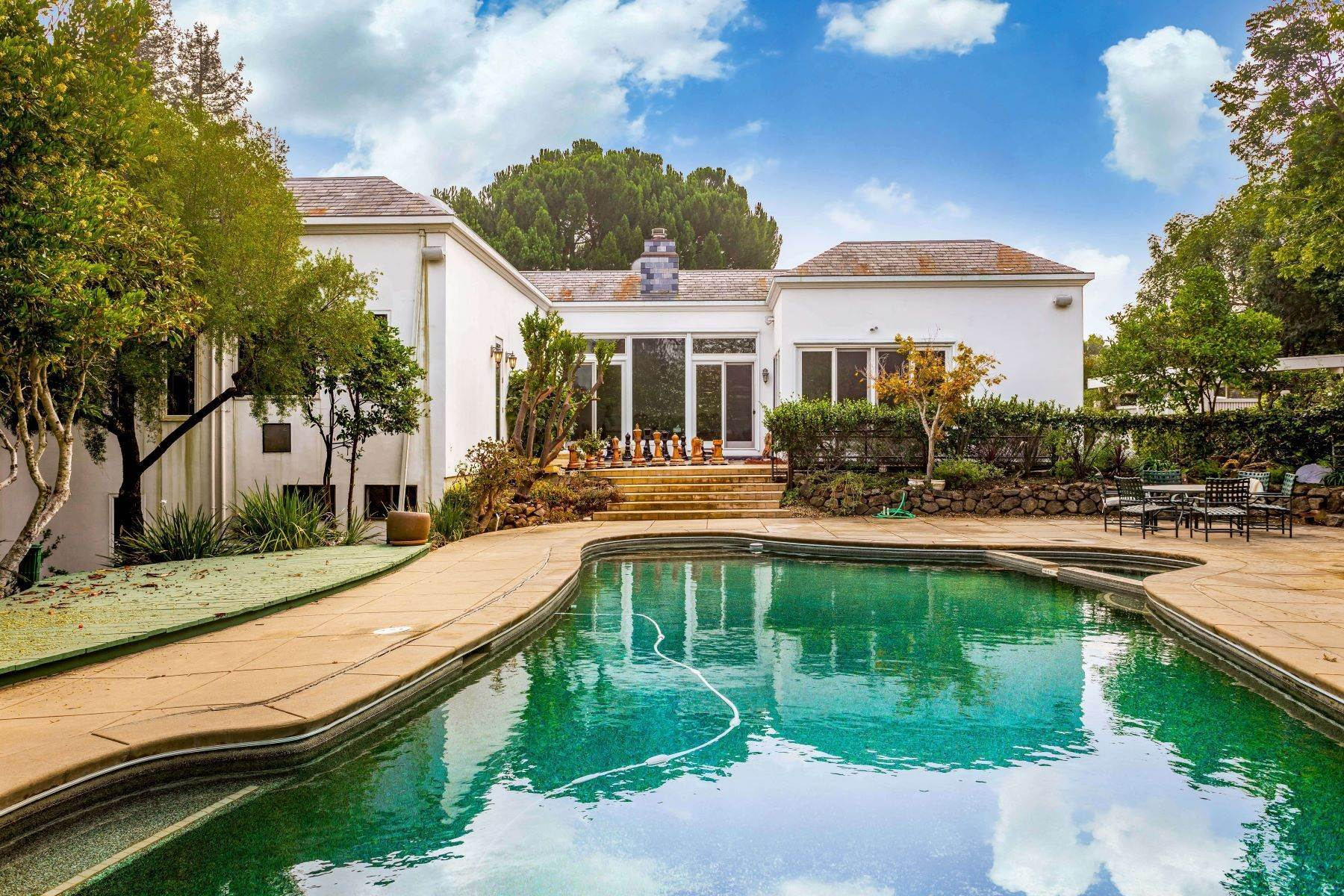 5. Single Family Homes for Sale at Prestige lifestyle, Huge Lot with Swimming Pool and Tennis Court 4249 Manuela Court Palo Alto, California 94306 United States