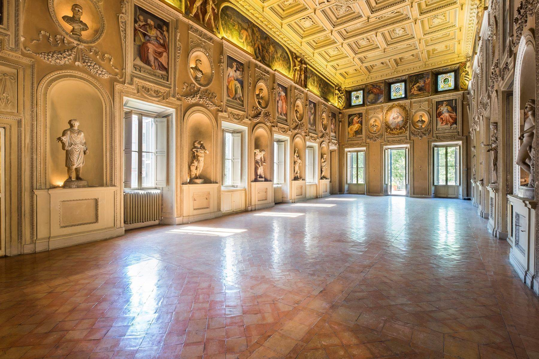Property for Sale at Noble floor apartment in Palazzo Sacchetti, a pearl of the late Renaissance Rome, Rome Italy