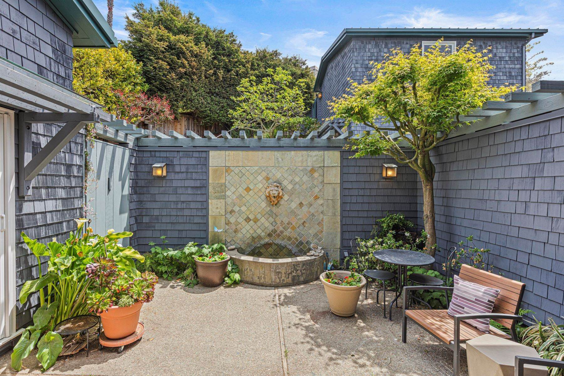 5. Single Family Homes for Sale at Architecturally Designed Home with Sweeping Bay Views 357 Gravatt Drive Berkeley, California 94705 United States