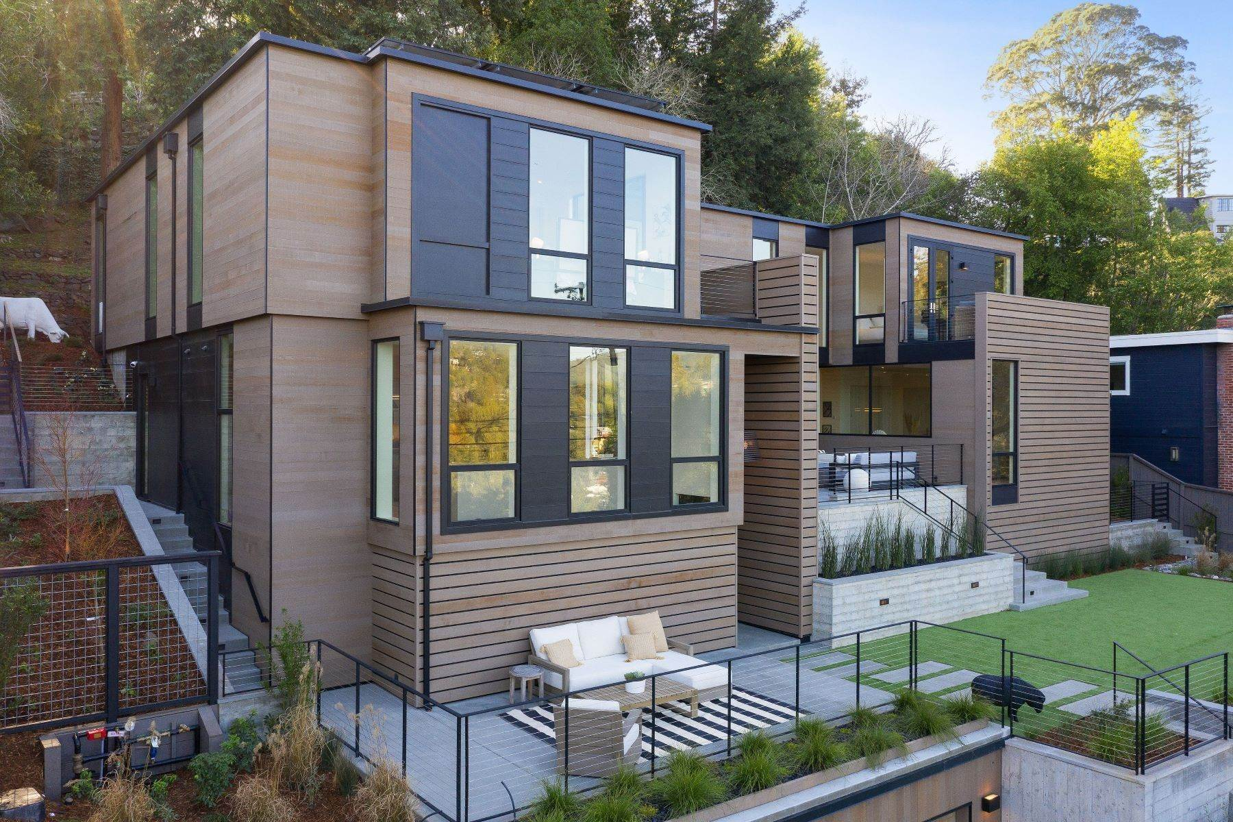 6. Single Family Homes for Sale at Modern Mill Valley New Construction 216 Ethel Avenue Mill Valley, California 94941 United States